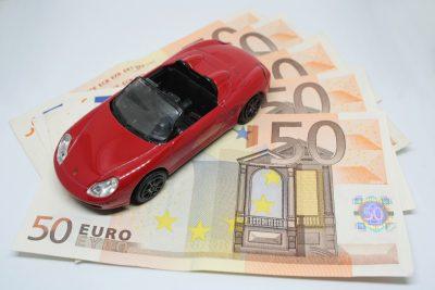 Autokredit und Versicherung